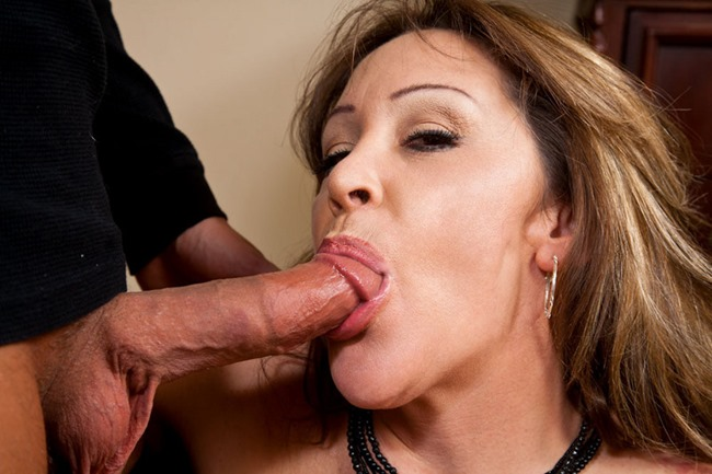 Kandi Cox & Rocco Reed in Seduced by a cougar 2